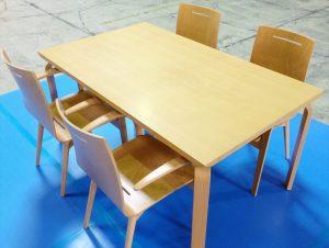 イノベーターダイニングテーブルセット