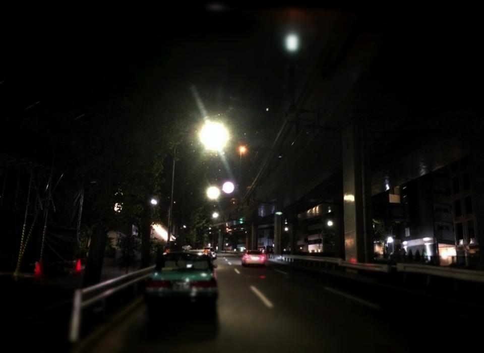 車両から撮影した東京の夜