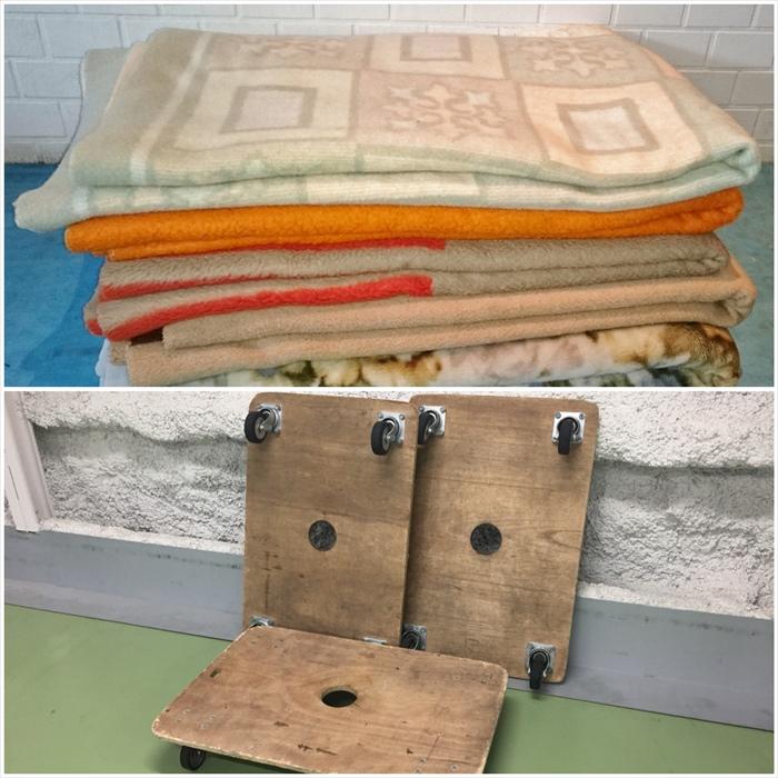 毛布と平台車