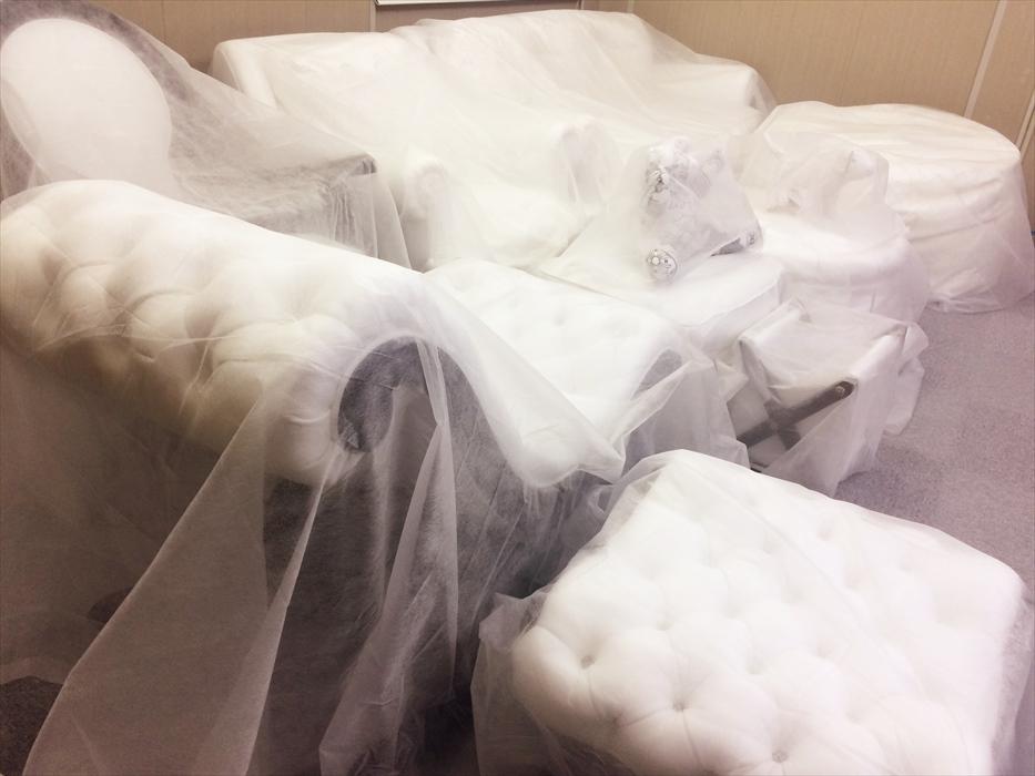 プレミアムブースで保管されたクロムハーツ家具