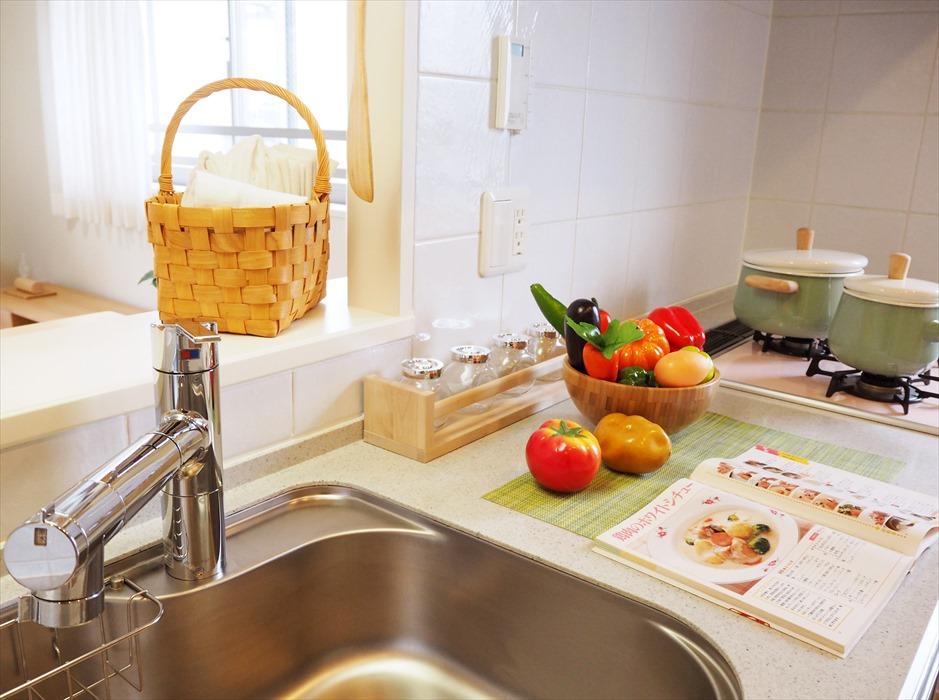 ホームステージング完了後のキッチン