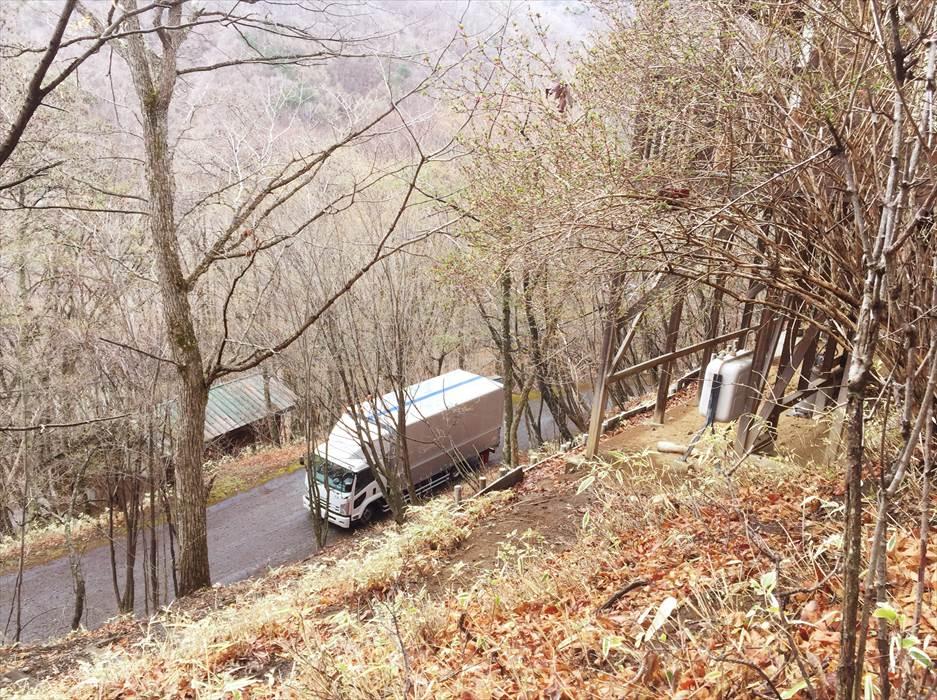 高台から見たトラック.2