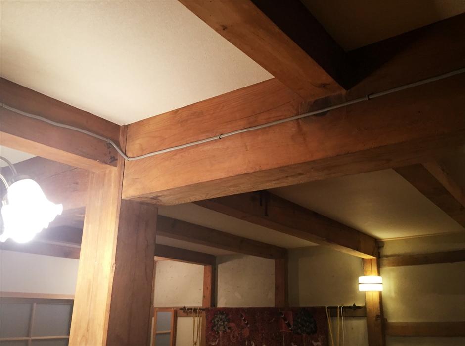 蔵内の天井