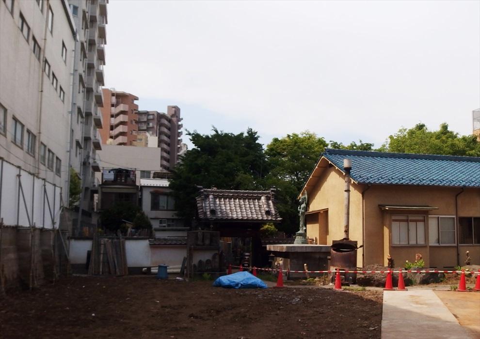 十方寺の門