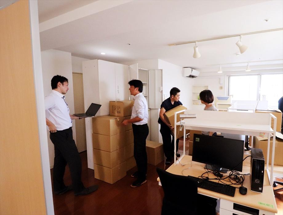 オフィス移転搬入作業.4
