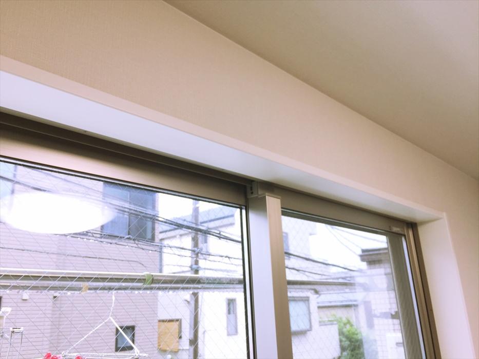 取り付ける窓枠