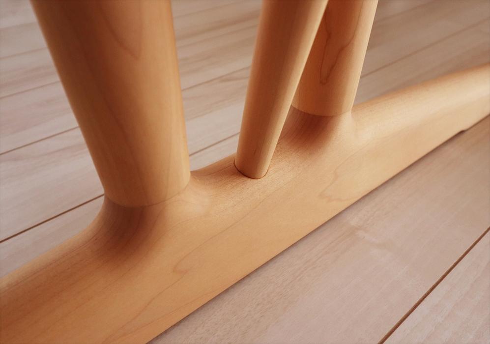 カリモクダイニングテーブルの脚