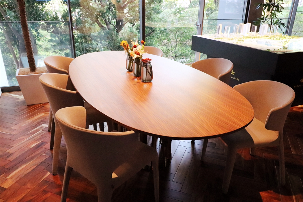 475BOBOLIテーブル(オーバル|アメリカンウォールナット).1