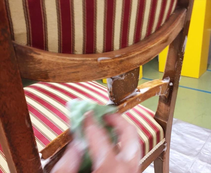 アンティーク家具のクリーニング.2
