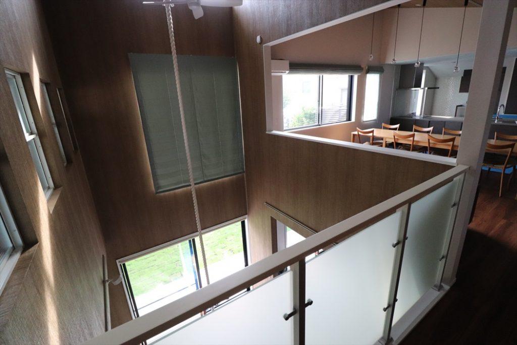 新築一戸建て室内手吊り作業