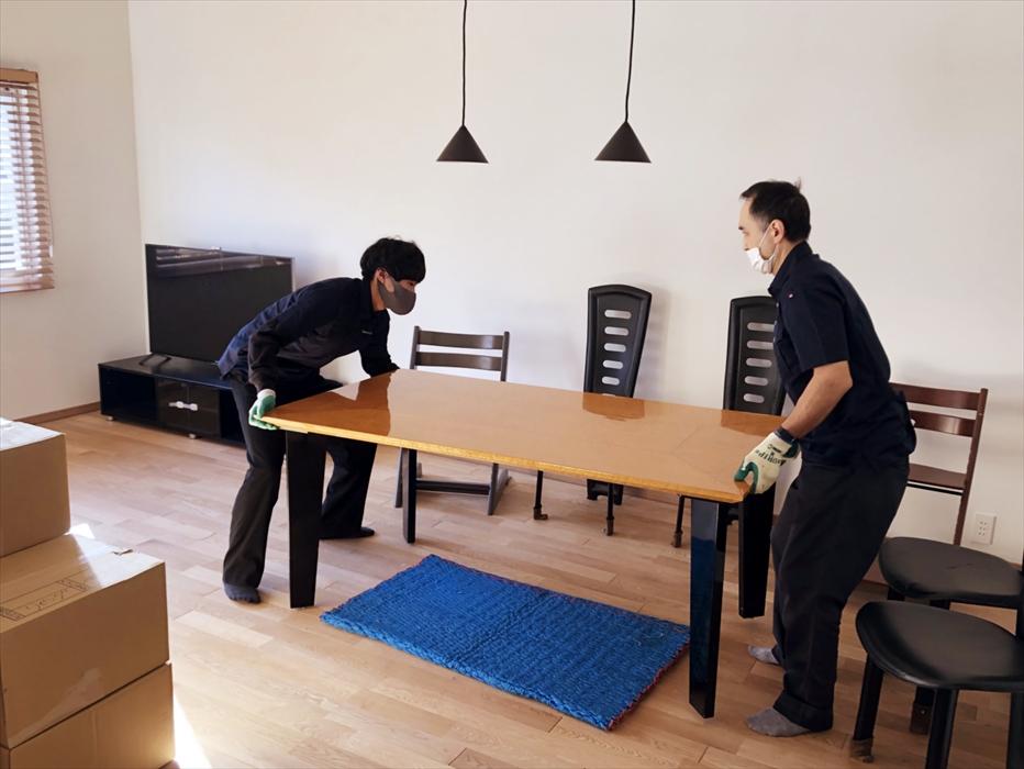 家具の組立.3