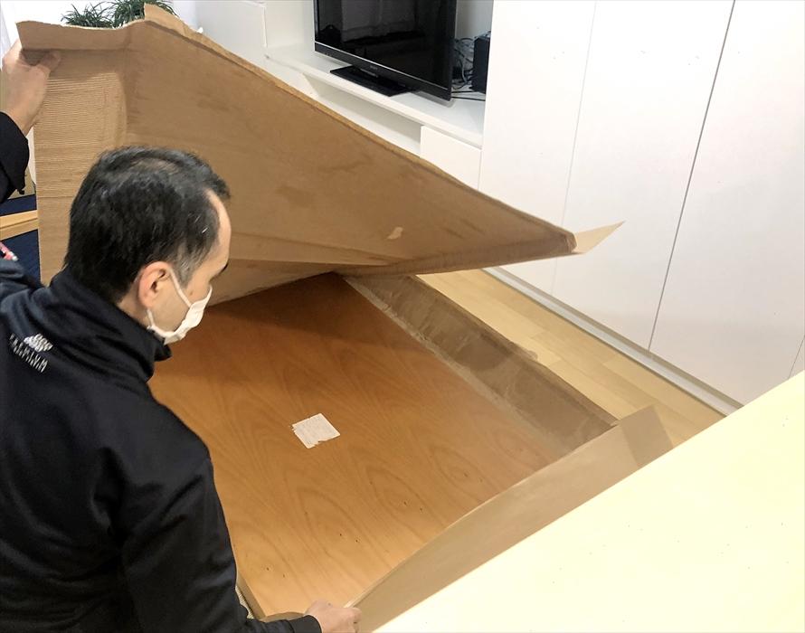荷物の搬入作業.2