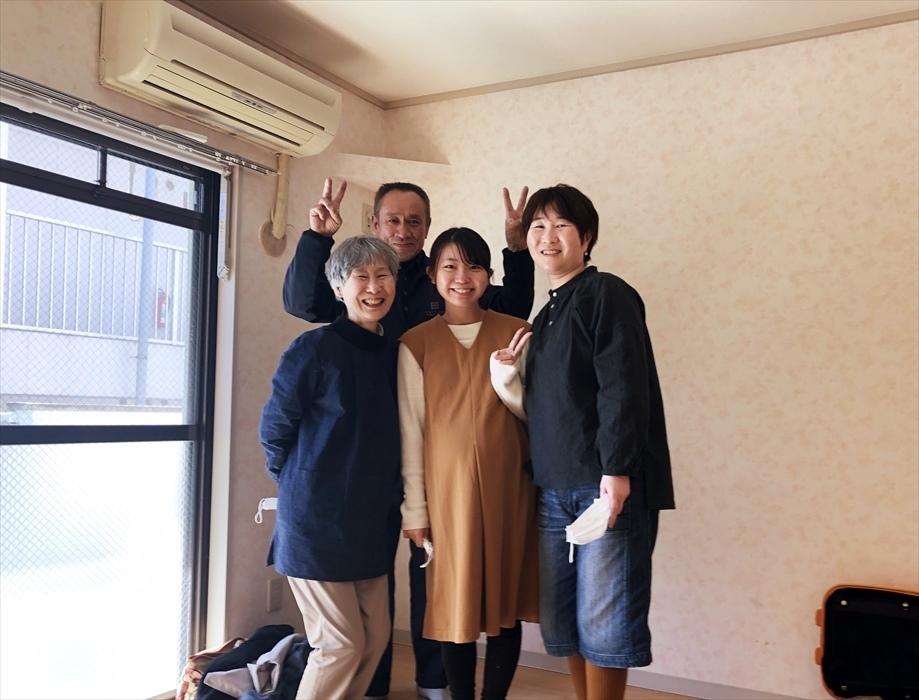 荷物お預かり便(引越(運搬)保管)のお客様記念撮影.4